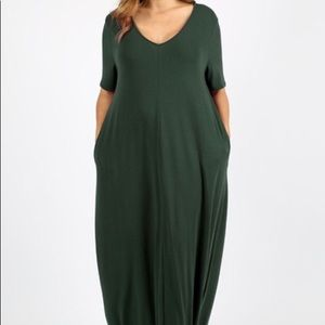 Dresses & Skirts - New Hunter Green Plus Size Maxi with Pockets